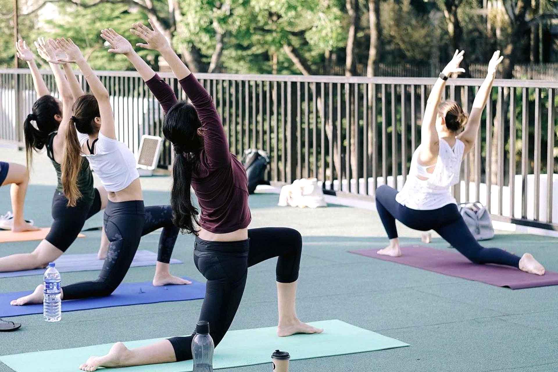 kylie yoga 1